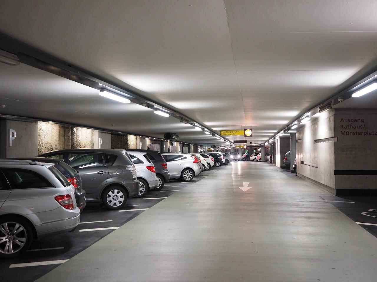 Multi storey car park 1271919 1280