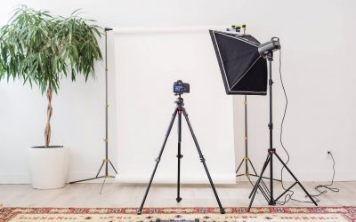 How to create a small DIY photo studio on a budget. Step by step setup