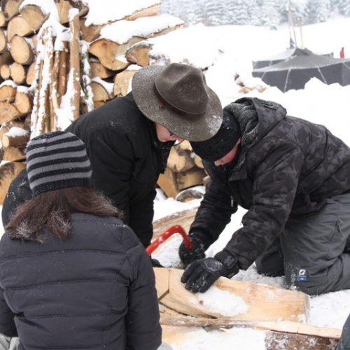 Holz machen beim Stationsspiel