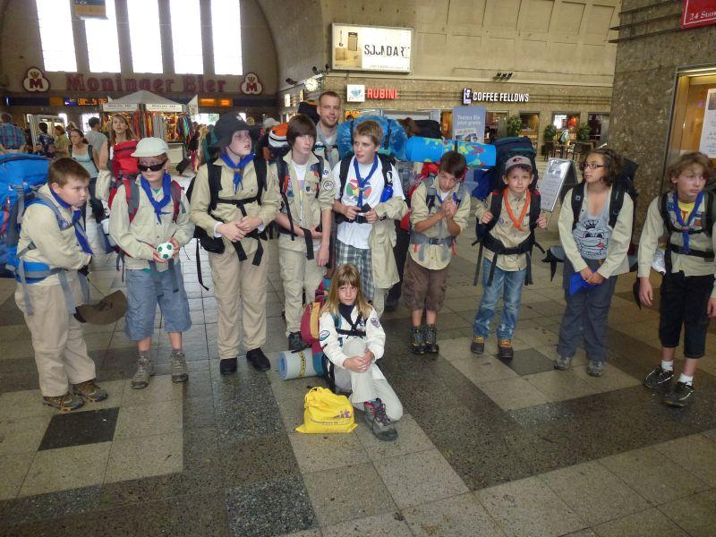 Die Reise beginnt: Karlsruher Bahnhof
