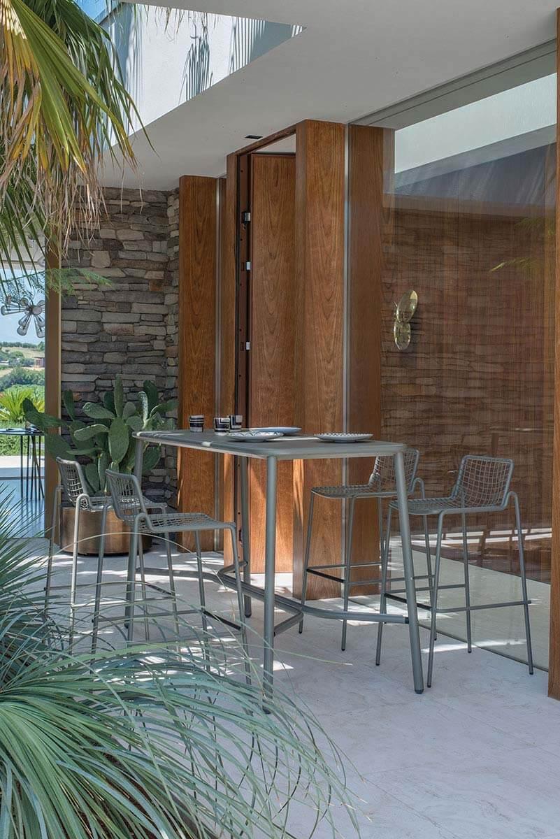 Garden coffe table outside in steel collection rio r50 for Sedie tavoli bar prezzi