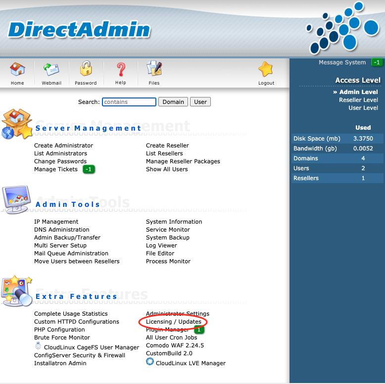 Homepage DirectAdmin na inloggen waar Licensing / Updates te vinden is.