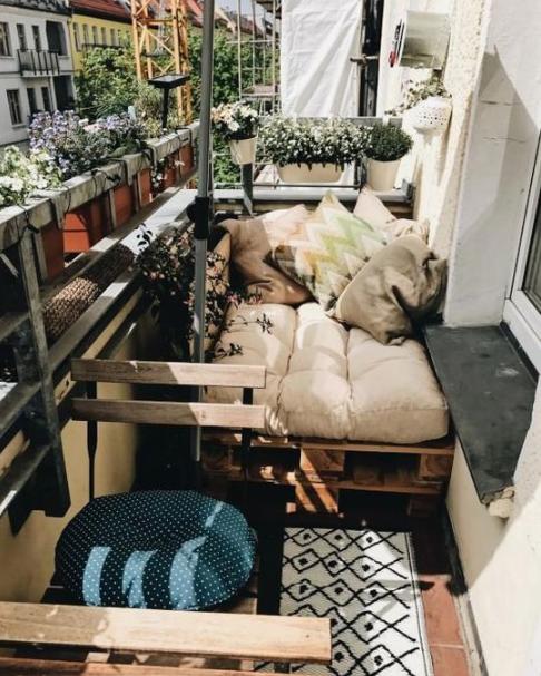 DIY Cosy Balcony