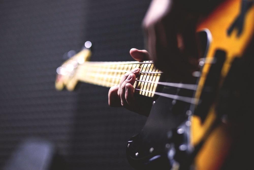 gitara elektryczna jak zapakować instrument muzyczny