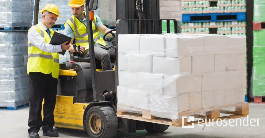 Handling pallets with a forklift