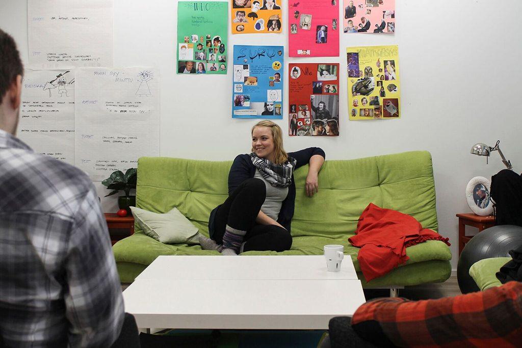 Nuorten mielenterveys. Vamos Mindset -valmentaja Emmin mukaan nuorilta puuttuu tieto siitä, mitä avun muotoja on tarjolla.
