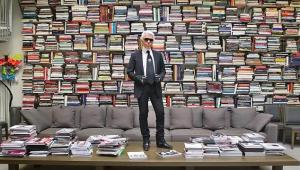 A gigantesca e (horizontal) biblioteca de Karl Lagerfeld 56