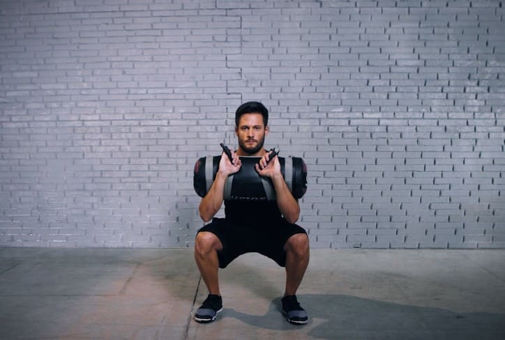 Tutorial: Core Bag Squat