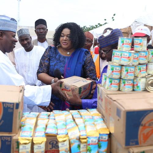 WAMCO Сотрудничество с Красным Крестом в Нигерии