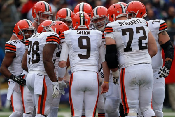 Dec 28, 2014; Baltimore, MD, USA; Cleveland Browns quarterback Connor Shaw (9) leads the offensive huddle against the Baltimore Ravens at M&T Bank Stadium. Mandatory Credit: Mitch Stringer-USA TODAY Sports