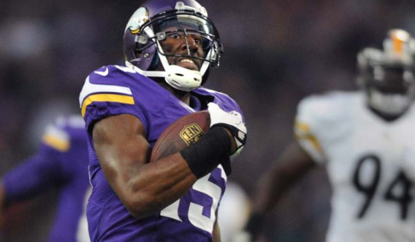 Vikings wide receiver Greg Jennings runs toward the end zone after for a 70 yard pass reception in the first quarter against Pittsburgh at Wembley Stadium in London, England, Sunday, September 29, 2013. (Pioneer Press: Chris Polydoroff)