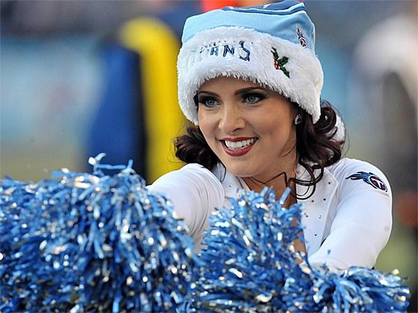 Titans Christmas Cheerleaders