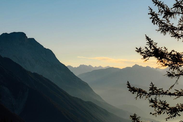 sonnenaufgang-tirol-reisebericht-obsteig