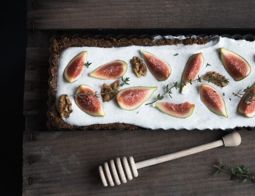 Fig & Walnut Tart / Feigentarte mit Joghurt {flowers on my plate}