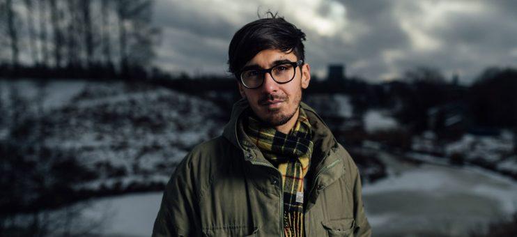 Adrian Perera - Förlaget
