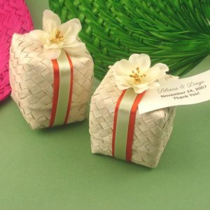 palm leaf gift box basket