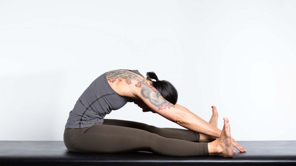 gesunder-ruecken-uebung-Spine-Stretch-2