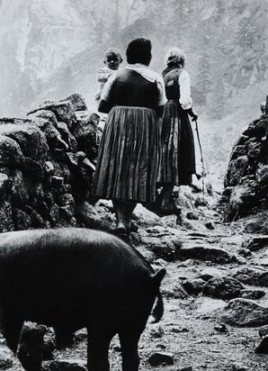 Merisio Pepi, 2 photographs: Valtellina; Terra di Bergamo