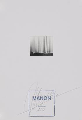 Manon, La dame au crane rasé