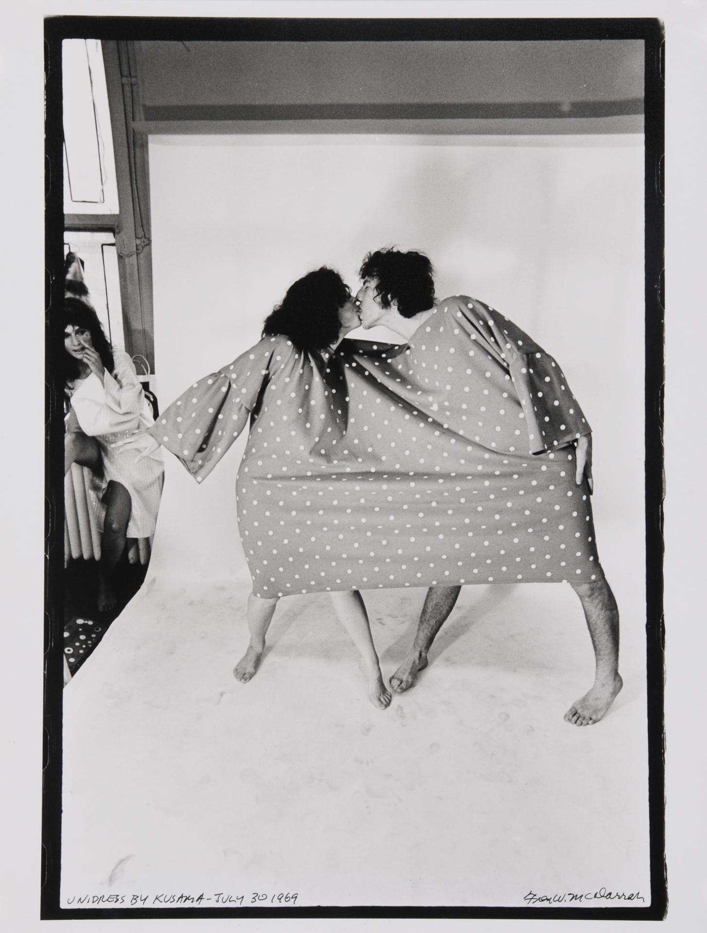McDarrah Fred W., Unidress by Kusama, July 30, 1969