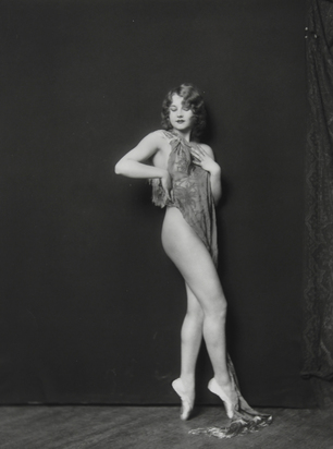 Johnston Alfred Cheney, Standing Nude with Cloth