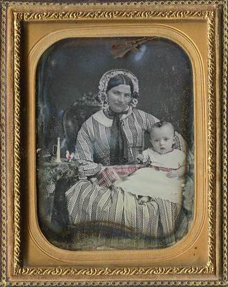 Daguerreotypie, Portrait  of a Young Lady with Child