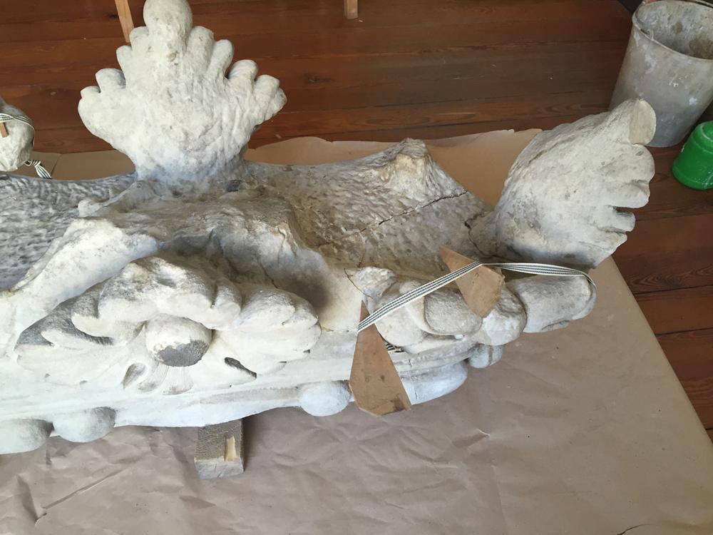 Due Ercoli, procede il restauro del gruppo scultoreo. Recuperiamo un simbolo per la città!