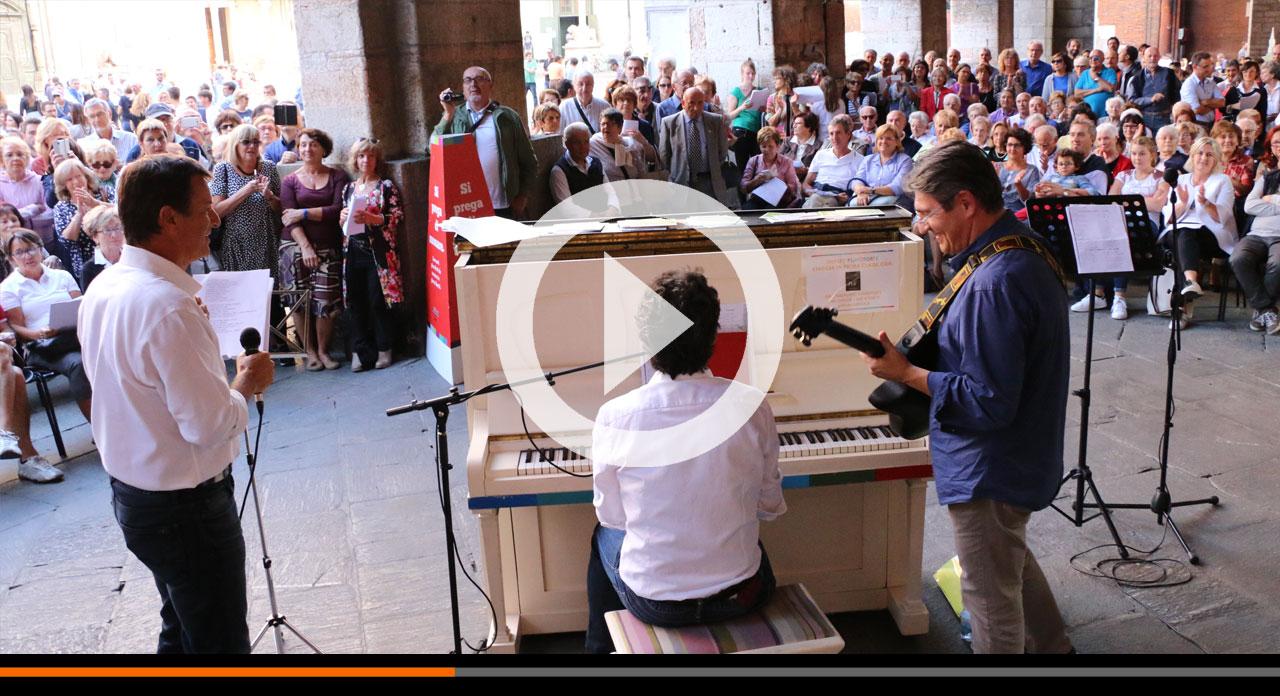 Così riabitiamo gli spazi con semplicità. Il Concerto fuori dal Comune con i sindaci Del Bono e Gori!
