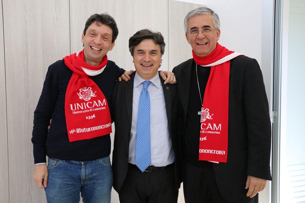 Terremoto, adottiamo Camerino e San Severino: i primi 20mila euro per le tensostrutture