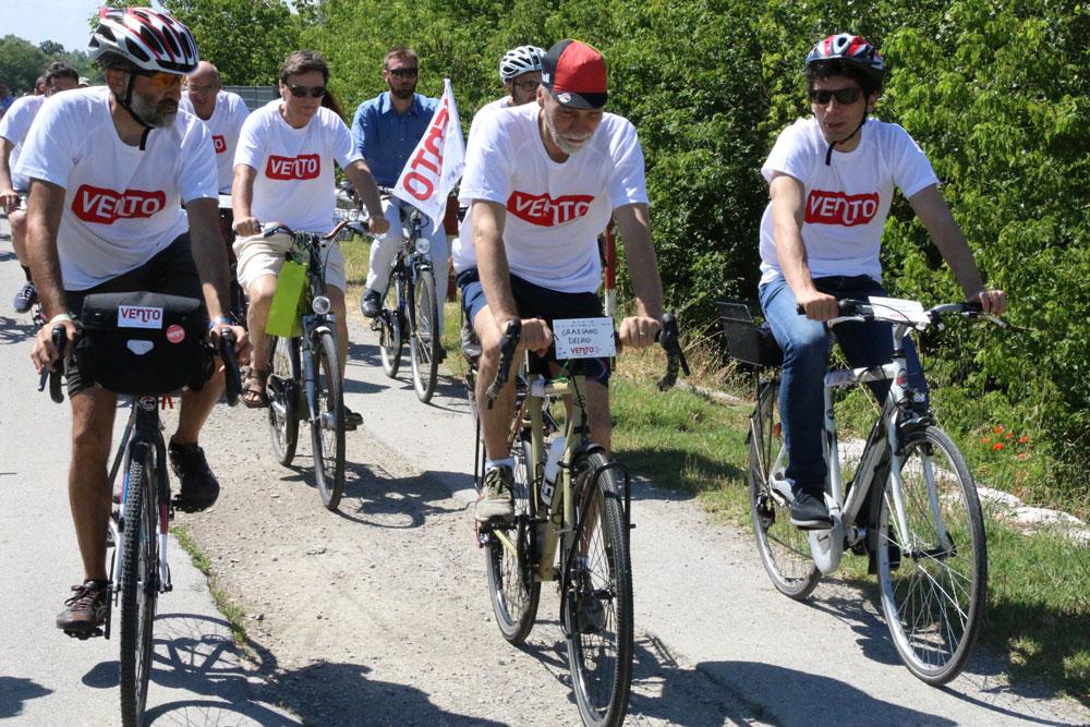 Vento: con il Ministro Delrio sulla ciclabile lungo il Po. Non è solo una ciclovia, è un progetto di sviluppo!