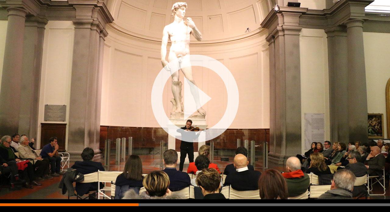 Stradivari davanti al David: successo di Cremona a Strings city a Firenze