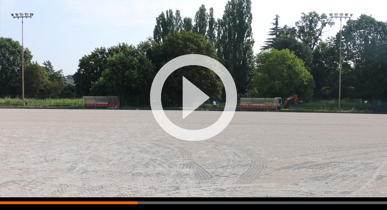 Campo da calcio del Cambonino: lavori in corso per il nuovo manto sintetico