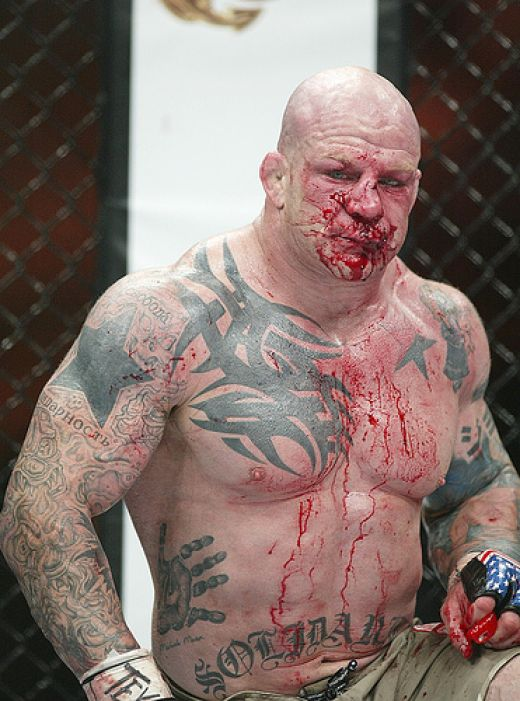 Jeff Monson al Strikeforce Overeem vs Werdum 1