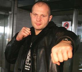 Fedor Emelianenko non appende i guanti al chiodo... 1
