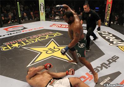 Strikeforce Heavyweight GranPrix 2011 Finale: nel 2012 (wtf?) 1