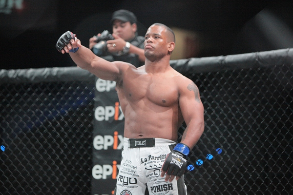 Hector Lombard combatte nell UFC in Agosto: e il suo primo avversario è... 1
