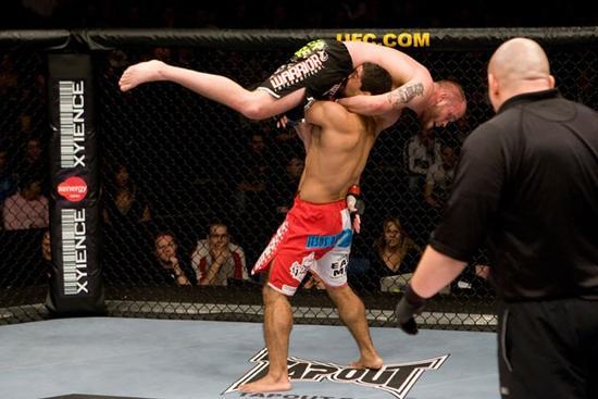 UFC 150: Toquinho vs Okami 1