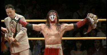 Hayabusa ci ha lasciati, era l'eroe del Flying Wrestling 1