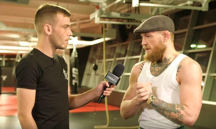 CONOR INCAZZATO CON L'UFC PER AVERGLI TOLTO LE CINTURE, CONSIDERA IL RITIRO 1