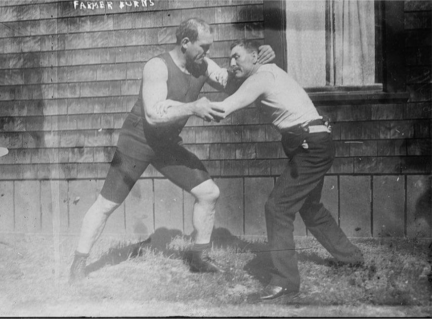 Striker vs Grappler: 1910 style. 1
