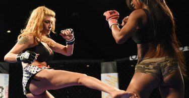 Lingerie Fighting Championship: Quando la bellezza picchia duro 20