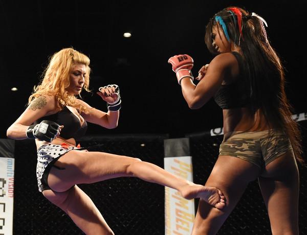 Lingerie Fighting Championship: Quando la bellezza picchia duro 1