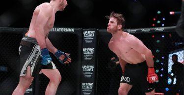 Il debutto di AJ Agazarm nelle MMA. 5