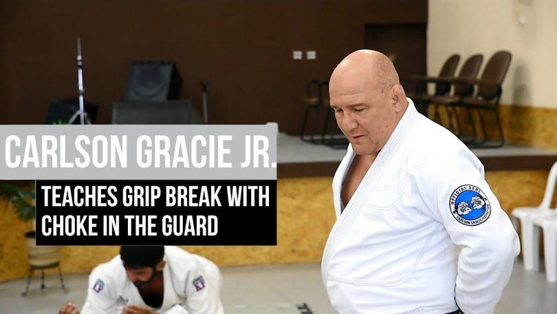 Jiu-jitsu 101: rompere la presa del bavero dalla guardia 5