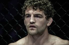 OSSERVATO SPECIALE DI UFC 235 2