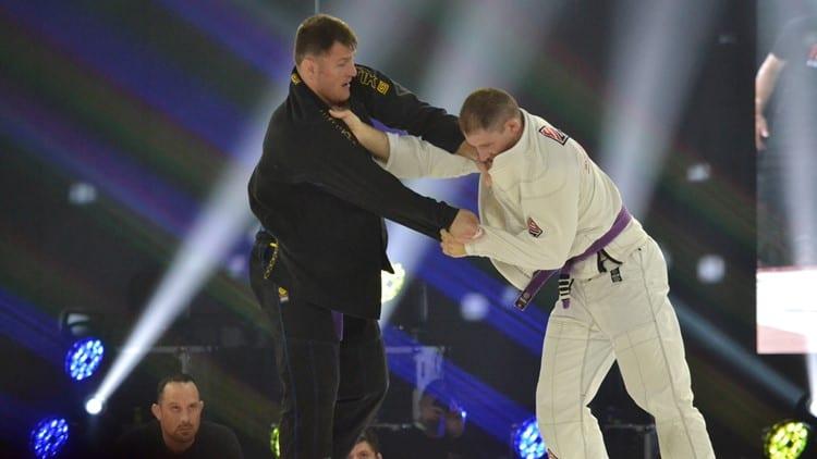 L'EX CAMPIONE UFC STIPE MIOCIC HA LOTTATO AD UN EVENTO DI BJJ 1