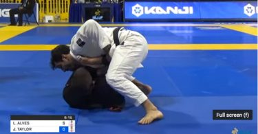 Video Lucas Lepri VS John Combs 12