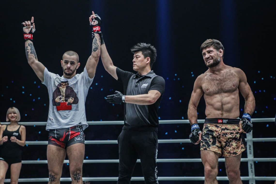 ONE FC: Iuri Lapicus vince contro Marat Gafurov 10