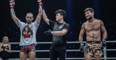 ONE FC: Iuri Lapicus vince contro Marat Gafurov 3