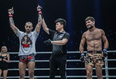 ONE FC: Iuri Lapicus vince contro Marat Gafurov 4